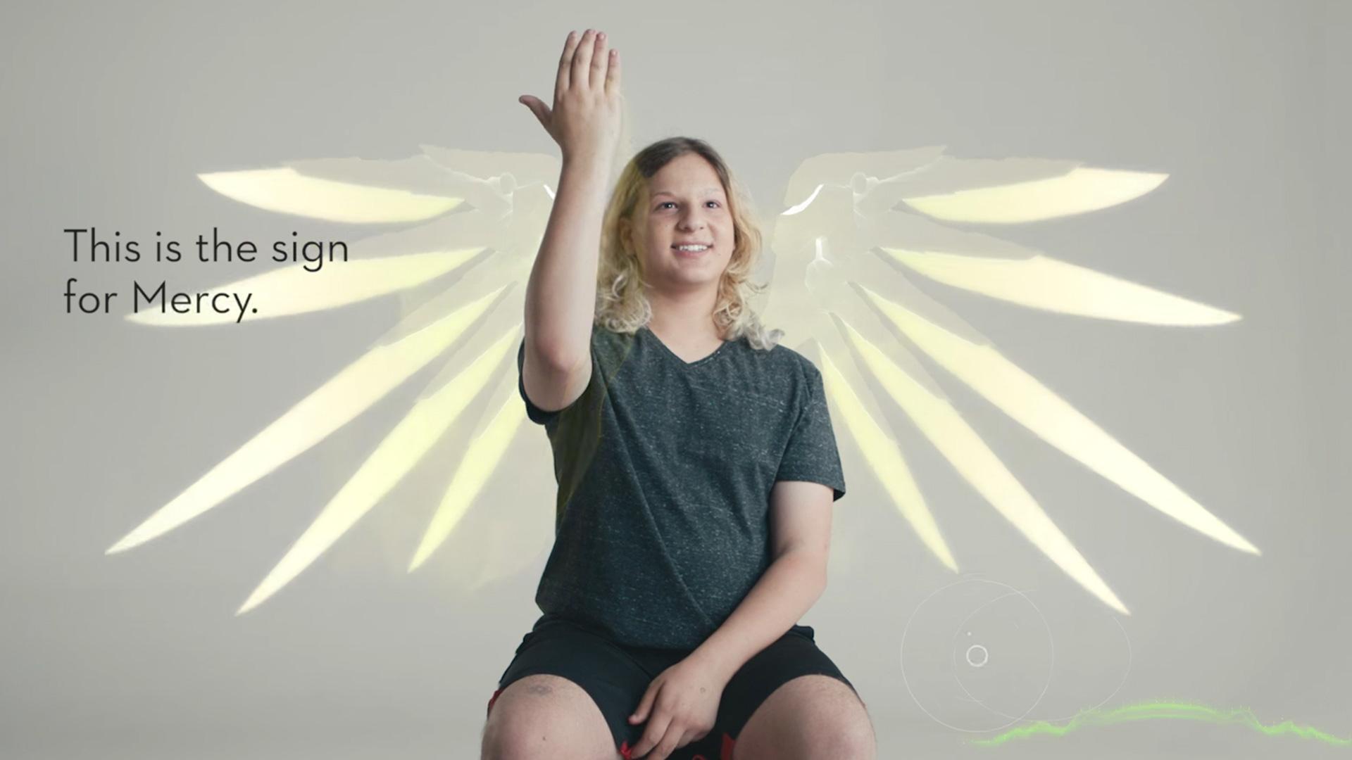 Danik Soudakoff แฟนเกม OW วัย 14 คิดภาษามือให้เกมเมอร์พิการทางการได้ยิน